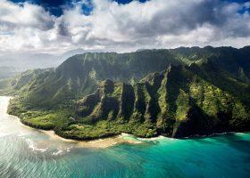 hawaii-scubadiving-divingpassport-mountain