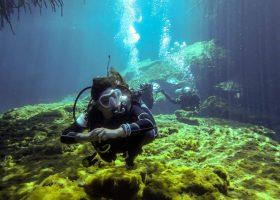 mexico-scubadiving-divingpssport-diver-cenote