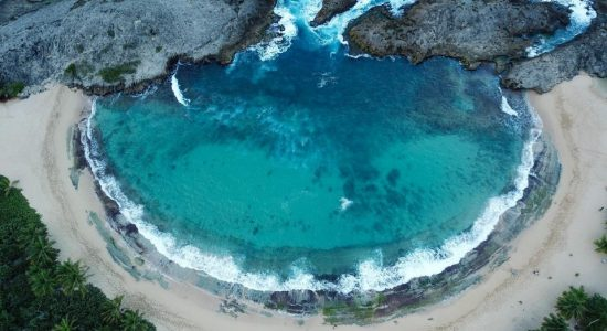 Puerto-rico-scubadiving-divigpassport-beach